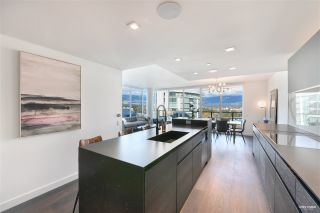 """Photo 10: 2001 620 CARDERO Street in Vancouver: Coal Harbour Condo for sale in """"Cardero"""" (Vancouver West)  : MLS®# R2563409"""