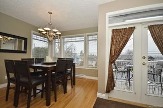 Photo 2: 653 Grenville Ave in : Es Rockheights Half Duplex for sale (Esquimalt)  : MLS®# 663980