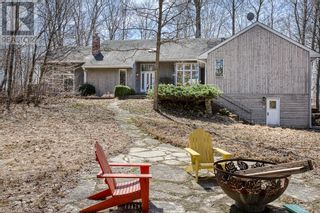 Photo 1: 4921 ROBINSON Road in Ingersoll: House for sale : MLS®# 40090018