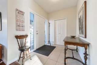 Photo 3: 1933 TOMLINSON Crescent in Edmonton: Zone 14 House for sale : MLS®# E4224569