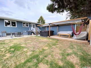 Photo 5: 47 Carter Crescent in Outlook: Residential for sale : MLS®# SK854357