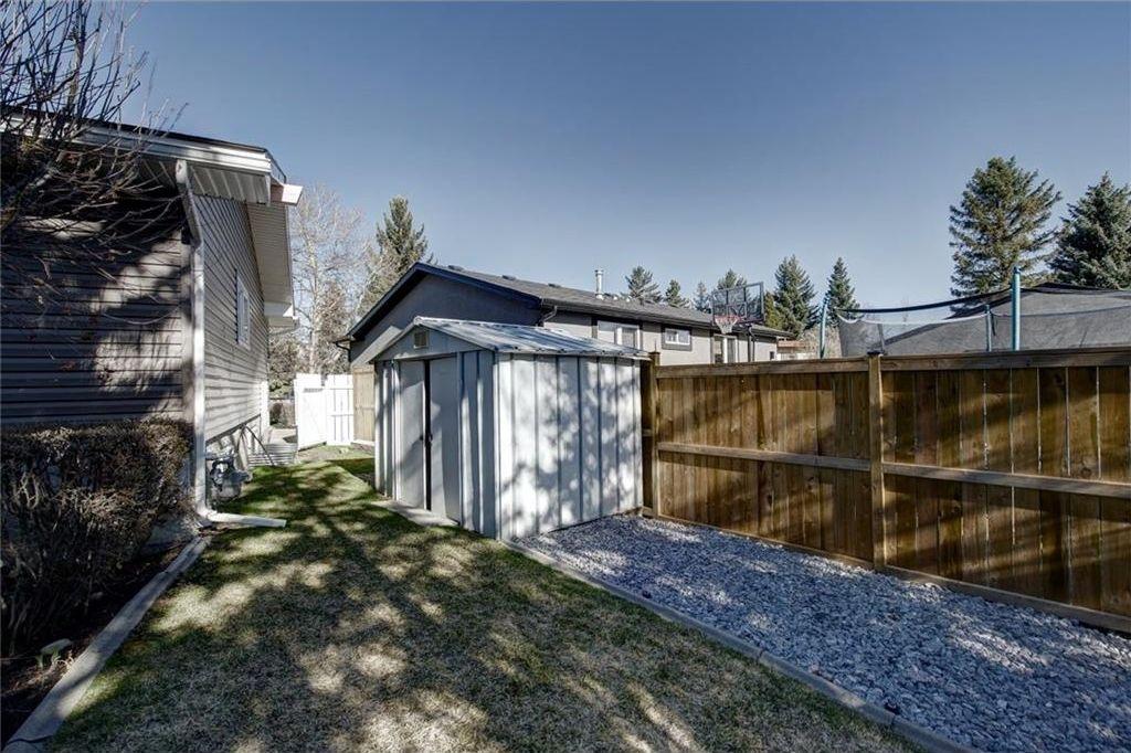 Photo 48: Photos: 210 OAKMOOR Place SW in Calgary: Oakridge House for sale : MLS®# C4111441