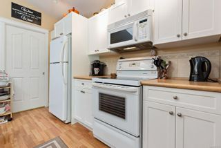 Photo 7: 116 1919 St. Andrews Pl in : CV Courtenay East Row/Townhouse for sale (Comox Valley)  : MLS®# 877870