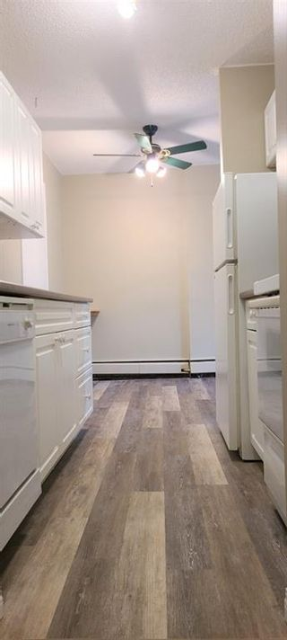 Photo 4: 101 3518 44 Street SW in Calgary: Glenbrook Apartment for sale : MLS®# A1093366