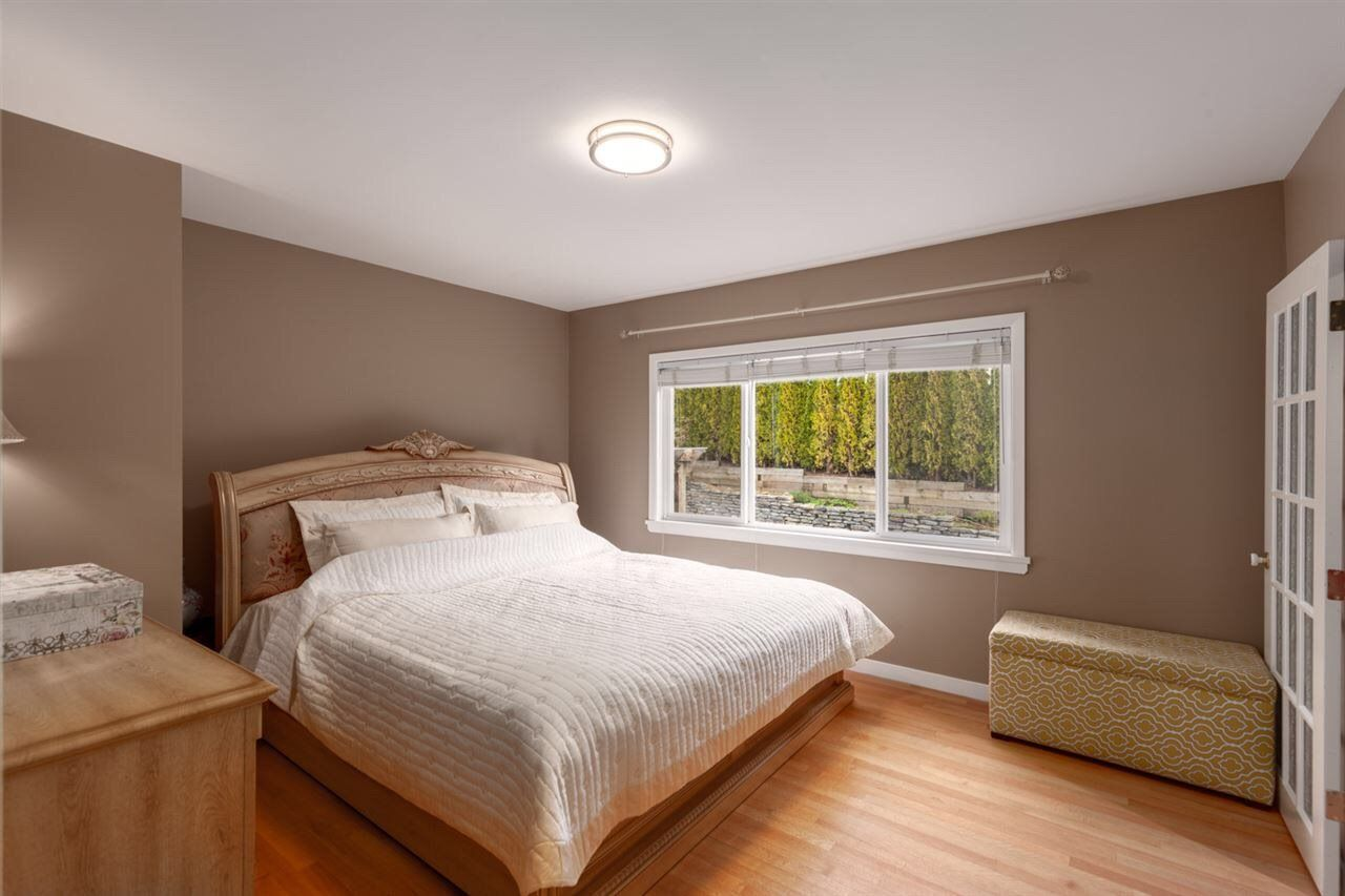 Photo 11: Photos: 4482 RUSKIN PLACE in North Vancouver: Forest Hills NV House for sale : MLS®# R2401876