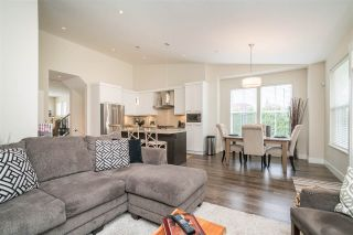 """Photo 7: 2 22057 49 Avenue in Langley: Murrayville Townhouse for sale in """"Heritage"""" : MLS®# R2452643"""