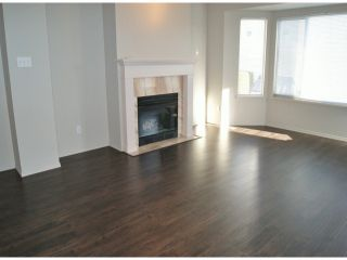 """Photo 2: 1 11952 64TH Avenue in Delta: Sunshine Hills Woods Townhouse for sale in """"Sunwood Place"""" (N. Delta)  : MLS®# F1400942"""