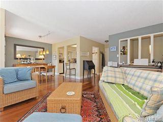 Photo 3: 216 1366 Hillside Ave in VICTORIA: Vi Oaklands Condo for sale (Victoria)  : MLS®# 740930