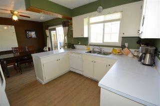 Photo 2: 9408 103 Avenue in Fort St. John: Fort St. John - City NE House for sale (Fort St. John (Zone 60))  : MLS®# R2174359