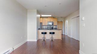 Photo 8: 401 1615 Bay St in : Vi Fernwood Condo for sale (Victoria)  : MLS®# 878139