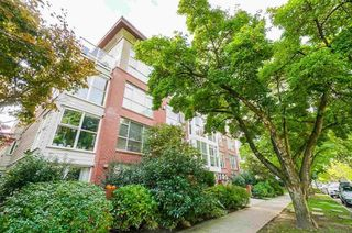 "Photo 1: 408 2268 W 12TH Avenue in Vancouver: Kitsilano Condo for sale in ""THE CONNAUGHT"" (Vancouver West)  : MLS®# R2618218"