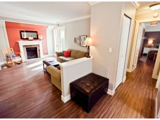 """Photo 11: 1807 LILAC Drive in Surrey: King George Corridor Townhouse for sale in """"ALDERWOOD PLACE"""" (South Surrey White Rock)  : MLS®# F1321889"""
