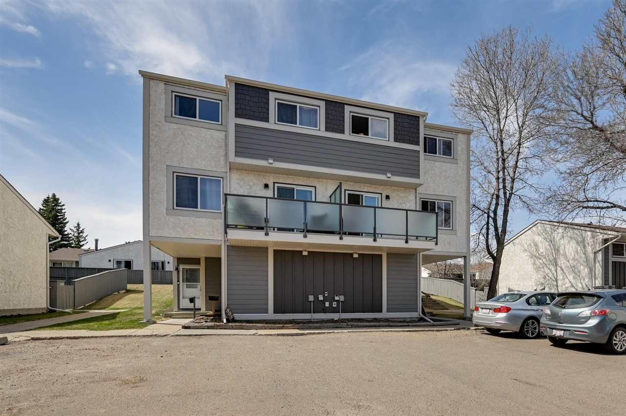 Main Photo: 506 WILLOW Court in Edmonton: Zone 20 Townhouse for sale : MLS®# E4243540