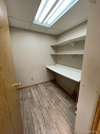 Photo 4: 1405 Spruce St in : CR Campbellton Office for sale (Campbell River)  : MLS®# 875904