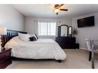 Photo 14: 417 5759 GLOVER Road in Langley: Langley City Condo for sale : MLS®# R2157468