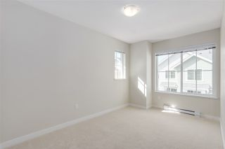 Photo 13: 126 5550 ADMIRAL WAY in Ladner: Neilsen Grove Townhouse for sale : MLS®# R2208463