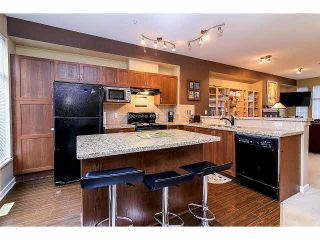 """Photo 7: 21 20120 68TH Avenue in Langley: Willoughby Heights Townhouse for sale in """"THE OAKS"""" : MLS®# F1430505"""