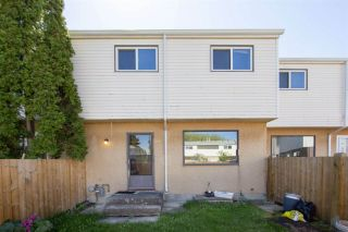 Photo 6: 1945 73 Street in Edmonton: Zone 29 Townhouse for sale : MLS®# E4240363