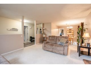 """Photo 6: 2391 WAKEFIELD Drive in Langley: Willoughby Heights House for sale in """"LANGLEY MEADOWS"""" : MLS®# R2577041"""