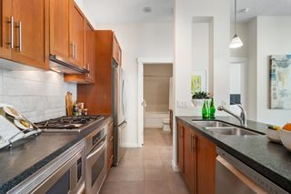 Photo 3: 4202 1189 MELVILLE Street in Vancouver: Coal Harbour Condo for sale (Vancouver West)  : MLS®# R2625146