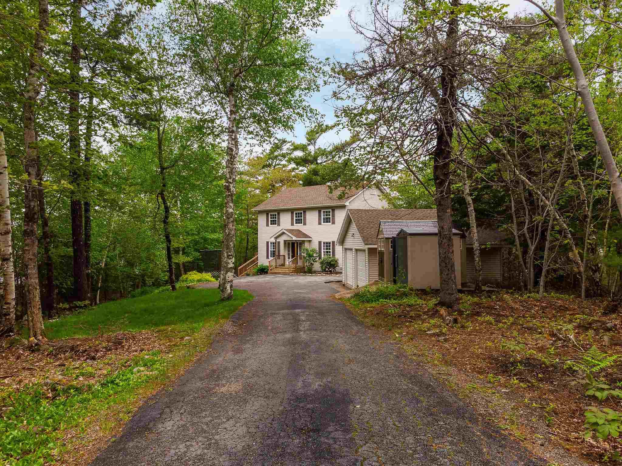 Main Photo: 22 Piccadilly Close in Stillwater Lake: 21-Kingswood, Haliburton Hills, Hammonds Pl. Residential for sale (Halifax-Dartmouth)  : MLS®# 202113944