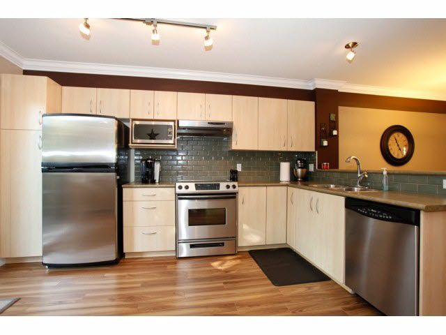 """Photo 12: Photos: 23 6747 203RD Street in Langley: Willoughby Heights Townhouse for sale in """"SAGEBROOK"""" : MLS®# F1421612"""