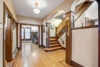 Photo 4: 5872 WALES Street in Vancouver: Killarney VE House for sale (Vancouver East)  : MLS®# R2572865