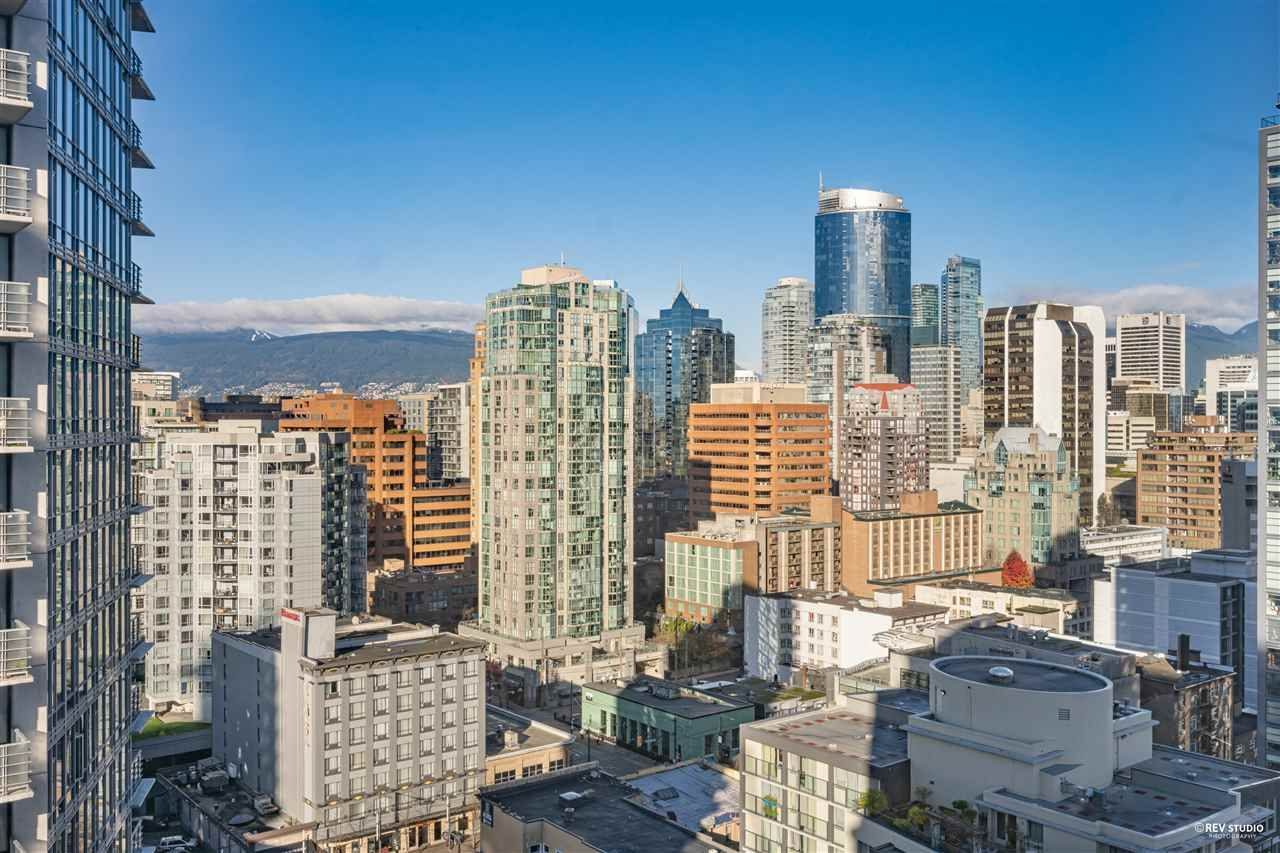 """Photo 8: Photos: 1401 1238 SEYMOUR Street in Vancouver: Downtown VW Condo for sale in """"THE SPACE"""" (Vancouver West)  : MLS®# R2520767"""