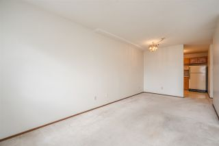 """Photo 11: 310 5710 201 Street in Langley: Langley City Condo for sale in """"White Oaks"""" : MLS®# R2453667"""