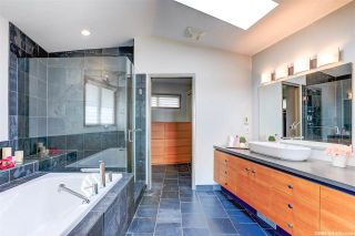 Photo 10: 1388 INGLEWOOD Avenue in West Vancouver: Ambleside House for sale : MLS®# R2559392
