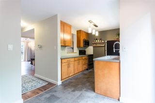 "Photo 2: 969 OLD LILLOOET Road in North Vancouver: Lynnmour Townhouse for sale in ""Lynnmour West"" : MLS®# R2080308"