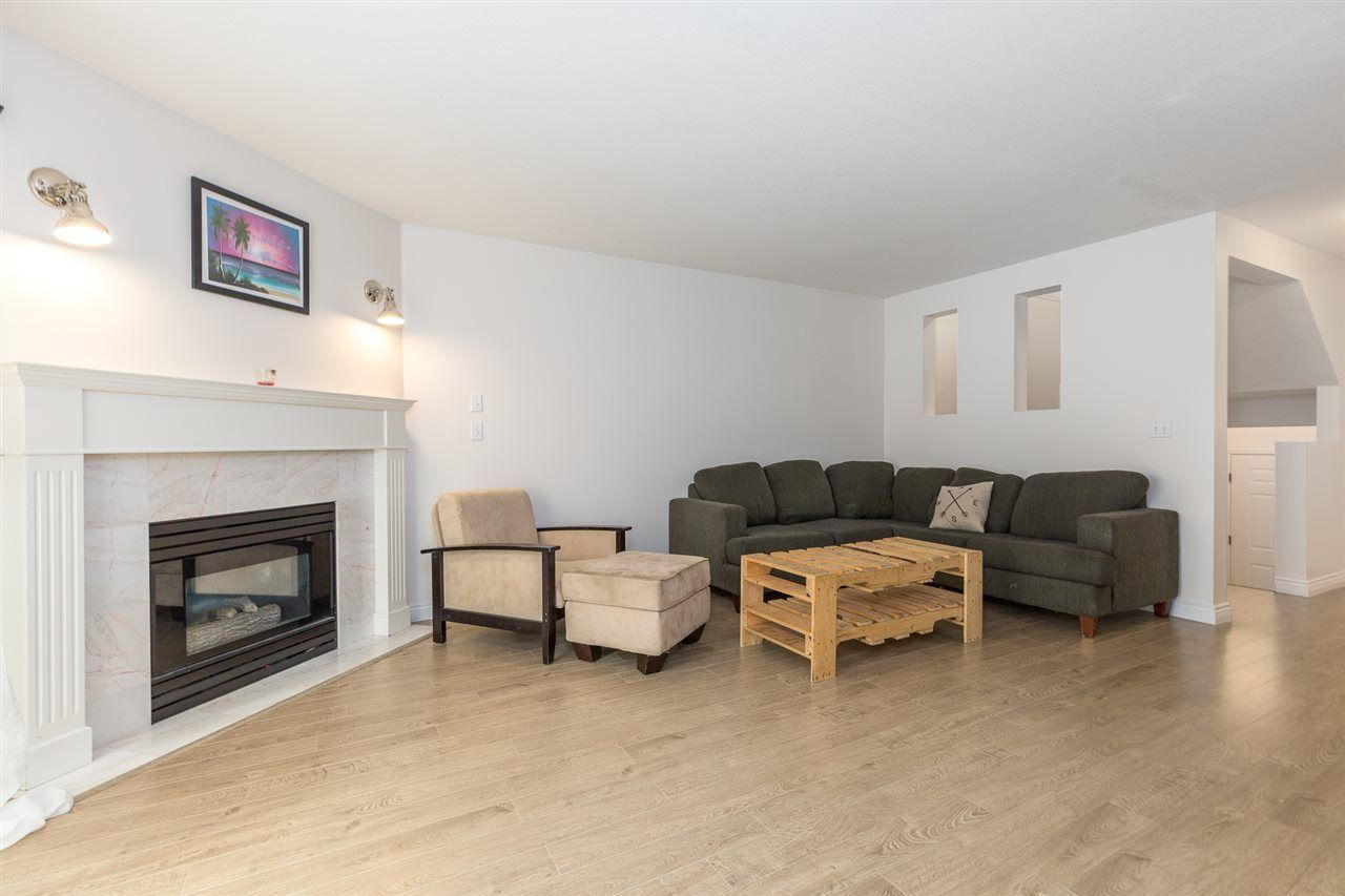 """Main Photo: 65 32339 7TH Avenue in Mission: Mission BC Townhouse for sale in """"Cedar Brooke Estates"""" : MLS®# R2213972"""