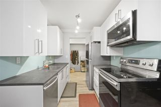 """Photo 10: 102 341 W 3RD Street in North Vancouver: Lower Lonsdale Condo for sale in """"Lisa Place"""" : MLS®# R2406775"""