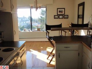 Photo 4: 303 1390 MERKLIN Street: White Rock Condo for sale (South Surrey White Rock)  : MLS®# F1008074