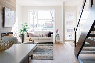 Photo 2: 10420 138 Street in Edmonton: Zone 11 House for sale : MLS®# E4253872