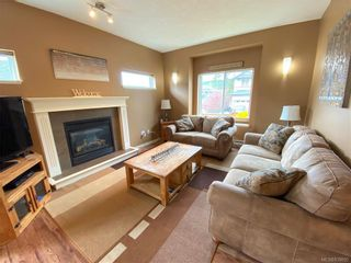 Photo 8: 951 Thrush Pl in Langford: La Happy Valley House for sale : MLS®# 838092
