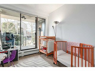 """Photo 8: 214 170 W 1ST Street in North Vancouver: Lower Lonsdale Townhouse for sale in """"ONE PARK LANE"""" : MLS®# V1109526"""