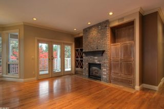 Photo 5: 2299 Lillooet Crescent in Kelowna: Other for sale : MLS®# 10038123