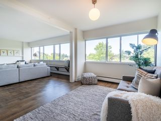 """Photo 18: 401 5926 TISDALL Street in Vancouver: Oakridge VW Condo for sale in """"OAKMONT PLAZA"""" (Vancouver West)  : MLS®# R2374156"""