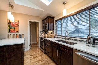 Photo 4: 2870 LYNDENE Road in North Vancouver: Capilano NV House for sale : MLS®# R2034832