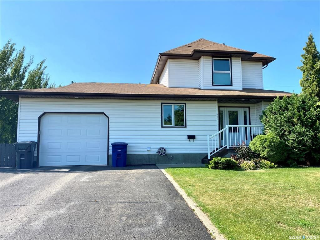 Main Photo: 221 30th Street in Battleford: Residential for sale : MLS®# SK863004