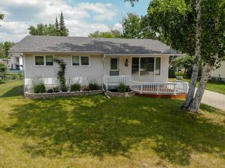Photo 24: 5 Connaught Place in Pinawa: R18 Residential for sale : MLS®# 202118519