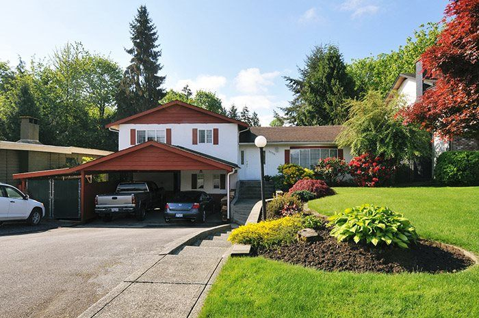 Main Photo: 22116 CANUCK Crescent in Maple Ridge: West Central House for sale : MLS®# R2061368