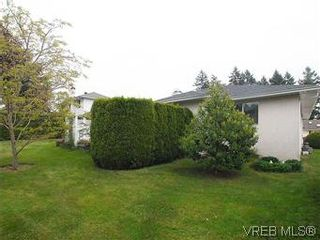 Photo 20: 1028 Adeline Pl in VICTORIA: SE Broadmead House for sale (Saanich East)  : MLS®# 573085
