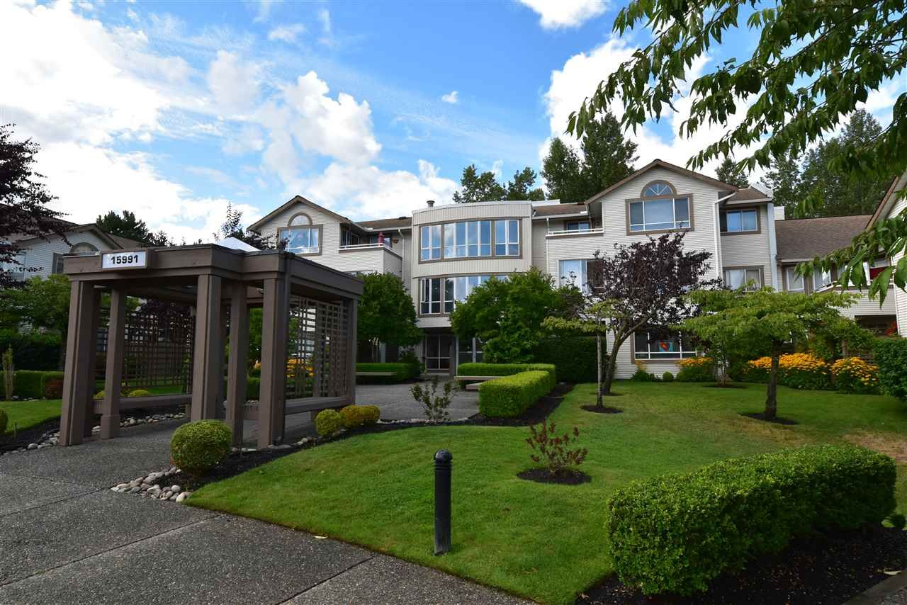 Main Photo: 104 15991 THRIFT Avenue: White Rock Condo for sale (South Surrey White Rock)  : MLS®# R2489488