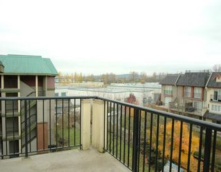 """Photo 6: 410 1591 BOOTH Avenue in Coquitlam: Maillardville Condo for sale in """"LE LAURENTIAN"""" : MLS®# V751480"""