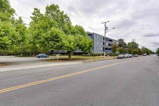 "Photo 2: 109 5906 176A Street in Surrey: Cloverdale BC Condo for sale in ""Wyndham Estates"" (Cloverdale)  : MLS®# R2602701"