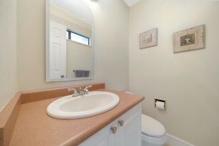 """Photo 10: 4794 WILLOWDALE Place in Burnaby: Greentree Village Townhouse for sale in """"Greentree Village"""" (Burnaby South)  : MLS®# R2590442"""