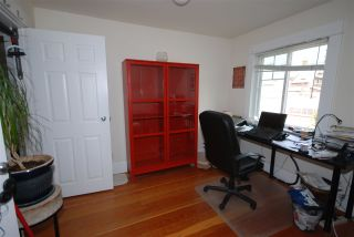 Photo 17: 1921 LAKEWOOD DRIVE in Vancouver: Grandview VE House for sale (Vancouver East)  : MLS®# R2195198