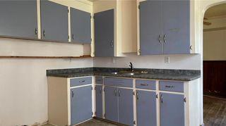 Photo 4: 439 Lyle Street in Winnipeg: St James Residential for sale (5E)  : MLS®# 202117684
